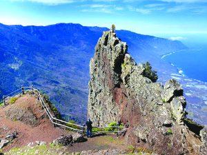 pag16_6-Discover-canarias-ruta-jinama-cuchillo-frontera-el-hierro