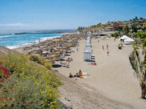 09-playa-El-Duque-300x225