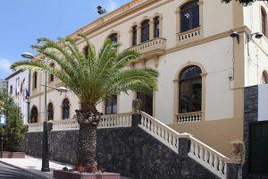 pag27_Ayuntamiento_Adeje_07-06-11