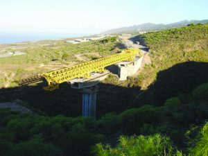 pag04_tf1-bridge-construction-2