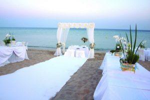 pag27_come-celebrare-un-matrimonio-sulla-spiaggia_a7588aa0af03c066947fc67ed98c3b27