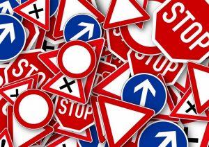 PAG24_segnaletica-stradale-confusa