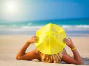 sole spiaggia ragazza