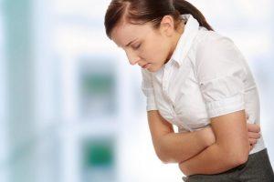 reflusso-gastroesofageo-cause-sintomi-rimedi
